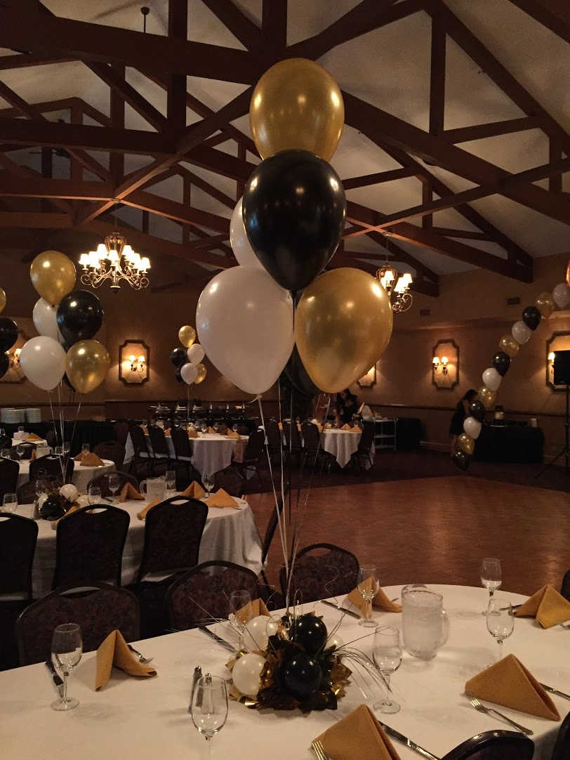 party balloons and centerpieces at the barnyard carriage house nj rh lotparty com decorations for 60th birthday party decorations for 60th birthday party ideas