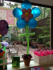 Basics- Balloon Centerpieces, Balloon Art