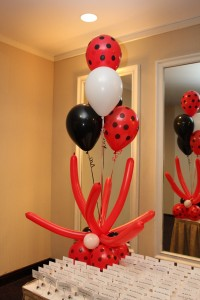 Balloon Basics, Balloon Decoration, Colorful Balloon Decoration, Balloon Centerpiece, Twisted Balloons