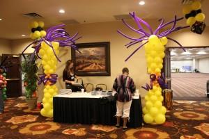 Balloon Columns, yellow Balloon Columns