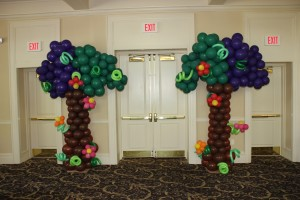 Balloon Columns, Balloon Sculpture, Balloon Tree Columns, Balloon Decoration