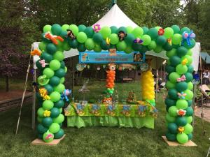 Green Balloon Arch Outdoor