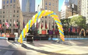 Outdoor Yellow Balloon Arch