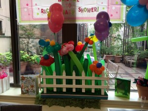 Balloon Centerpieces, Balloon Art, Colorful Balloon Art