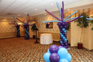 Balloon Columns, Balloon Columns with twisted Balloon