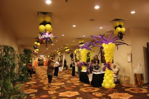 Balloon columns, Balloon Basic, Balloon Decoration, Yellow Balloon Columns with Purple Twist Balloon